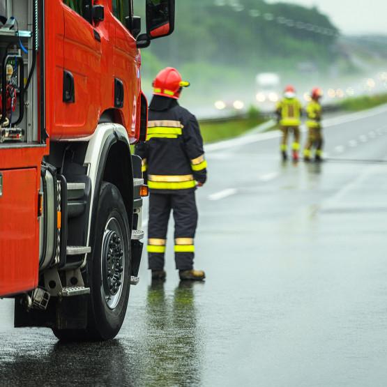 Strażacy, ilustracja do artykułu o wypadku