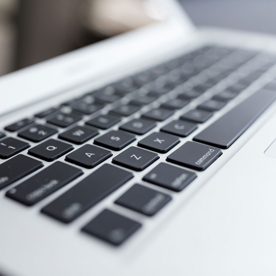Klawiatura laptopa, ilustracja do artykułu